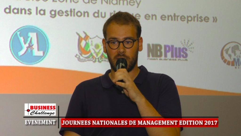 Thomas Gilquin parlant de risque entrepreneurial aux journnées nationales de management