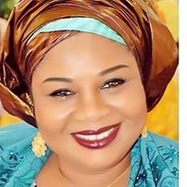 Passer de salarié à entrepreneur au Niger : Hélène Ayika Traoré, nous livre son expérience