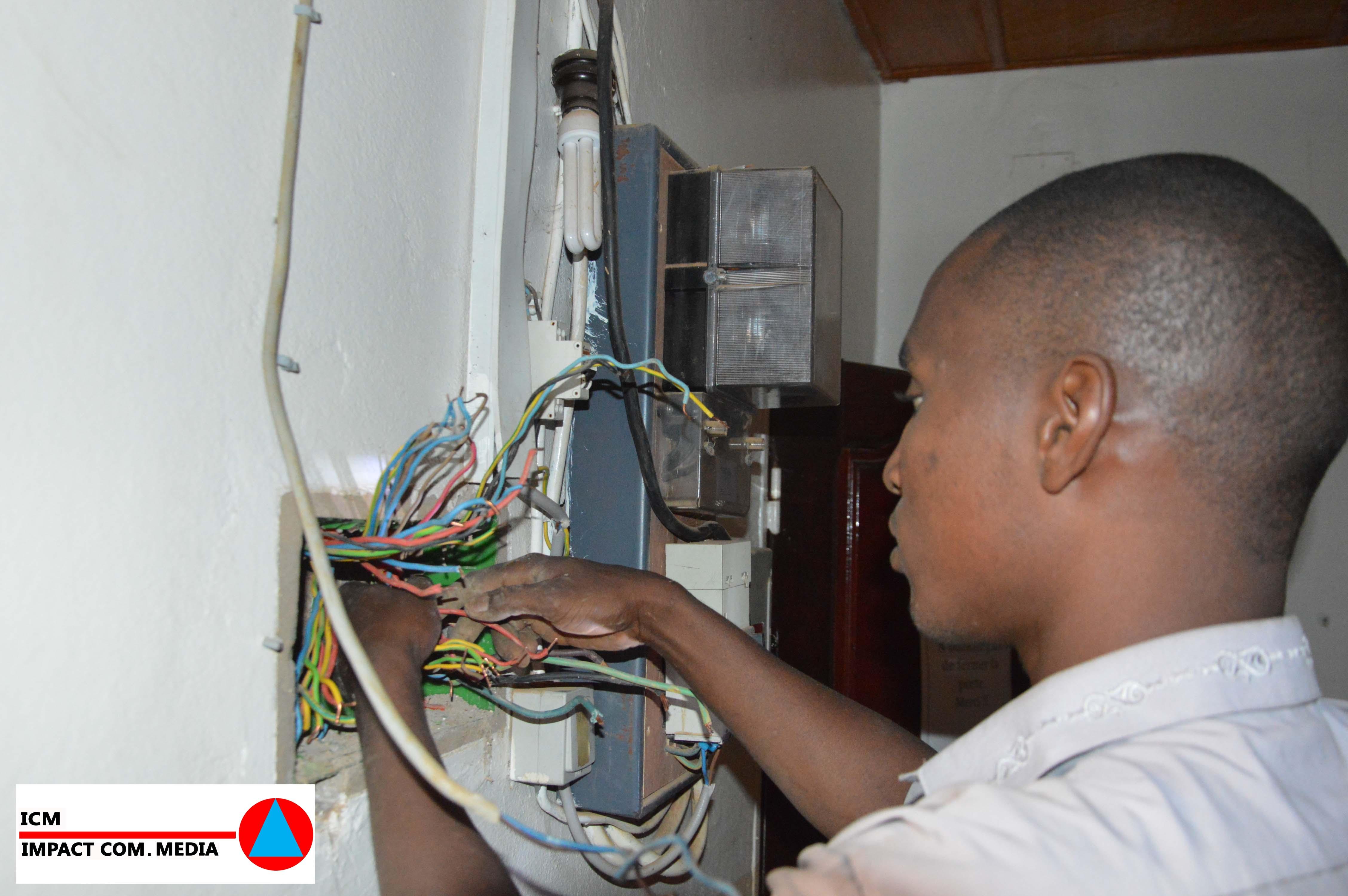 L'activité d'un électricien à Niamey?