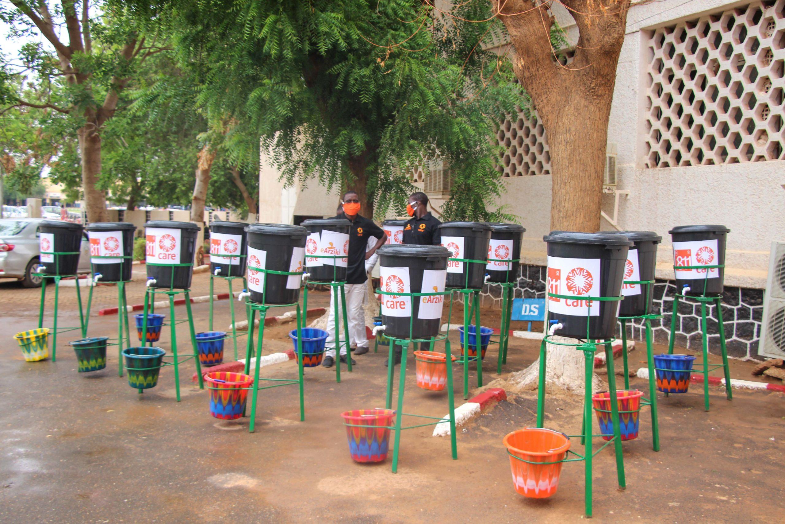 Des kits d'une valeur de plus de 35 millions de francs CFA aux femmes MATA MASU DUBARA de Niamey