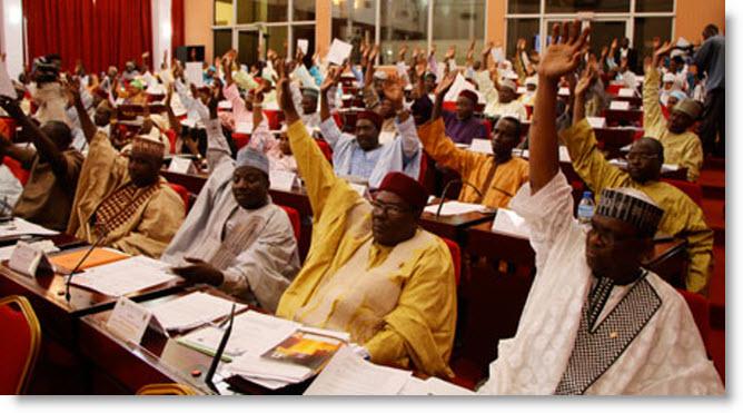 Niger : La loi de finances 2018 adoptée contre vents et marrées