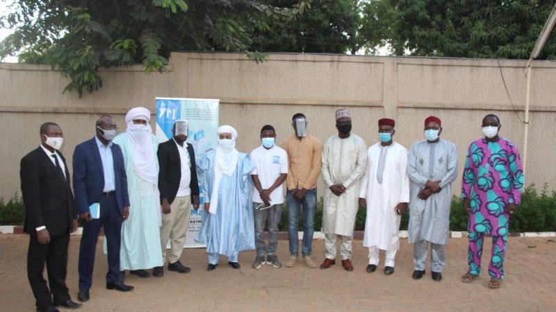 Don de visières au comité de lutte contre la COVID-19 du Niger
